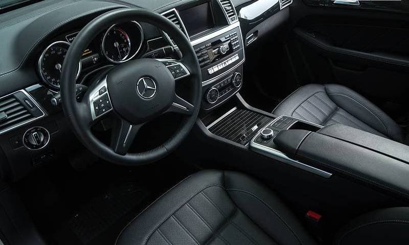 Mercedes-Benz GL450 4-matic - фото 9