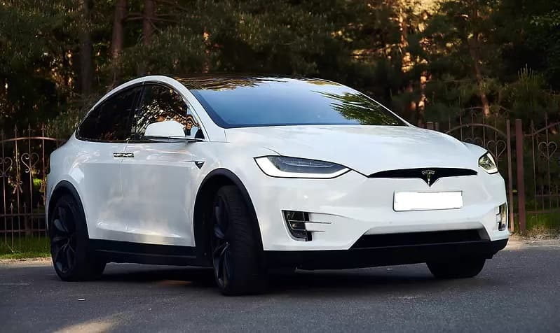 Аренда Tesla Model X 75D